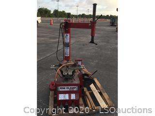 Rim Clamp 5040E Tire Machine