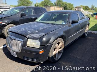 2008 CHRYSLER 300 - KEY / STARTED