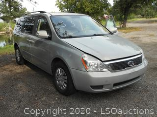 2012 KIA SEDONA - KEY / STARTED